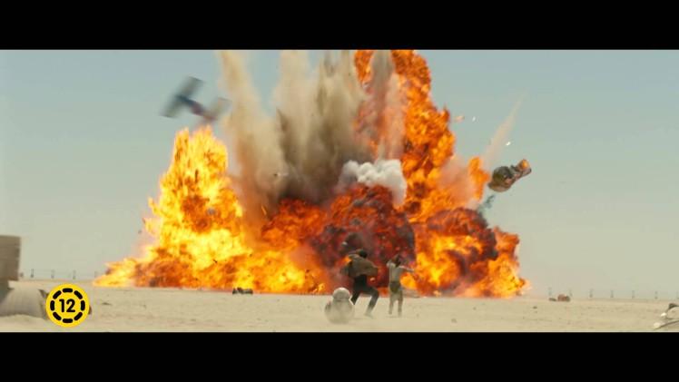 Star Wars: Az ébredő Erő (12E)